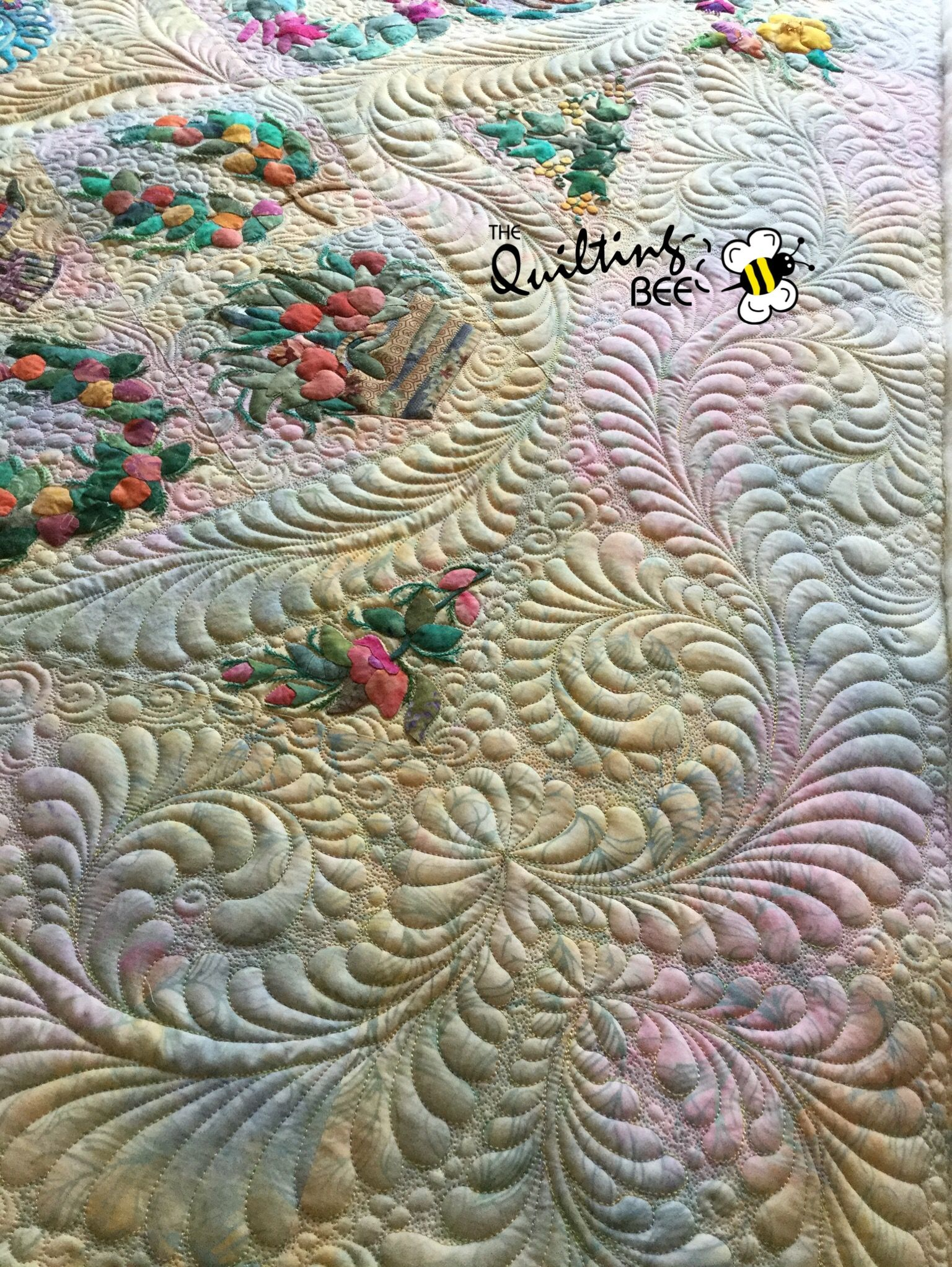 Quilt top by Elaine Neumann, custom quilting by Kelly Corfe, The ...