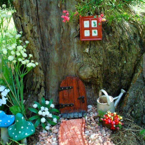 Fairy doors in the garden fairy doors plants and gardens for Fairy doors for trees