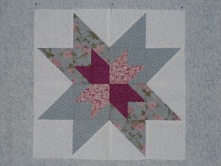 Rise Up So Early in the Morn quilt block made by Heather Dawn Pearson from the original pattern in Judy Martin's book, Knockout Blocks & Sampler Quilts. Found on Books and Quilts: Needlework Tuesday - Presidential Quilt Blocks.