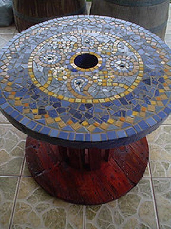 Mesa De Centro Con Diseño En Mosaico En Carrete De Madera Wooden Spools Mosaic Glass Mosaic