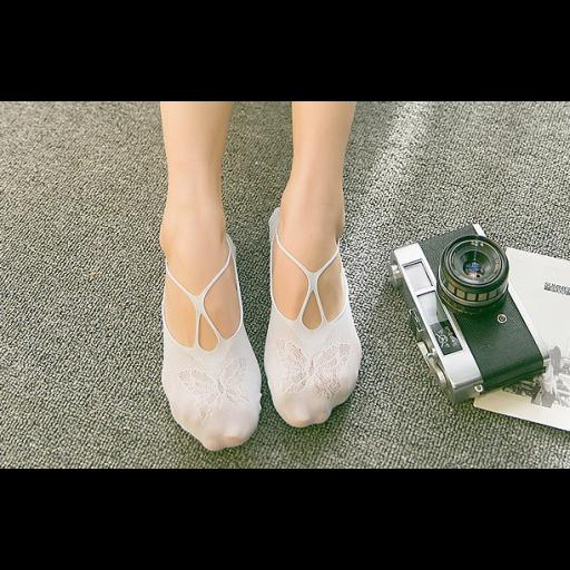 جوارب قطن نسائية برسمة الفراشة Lace Up Flat Chanel Ballet Flats Ballet Flats