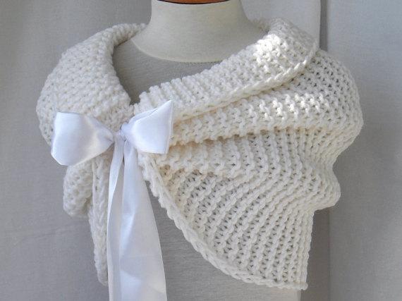 Photo of Items similar to Hand Knit Bridal Wrap, Shrug, Wedding Shawl, Caplet,Bolero, White Shawl, Wedding Jacket, Bridesmaids Wrap, Free shipping on Etsy
