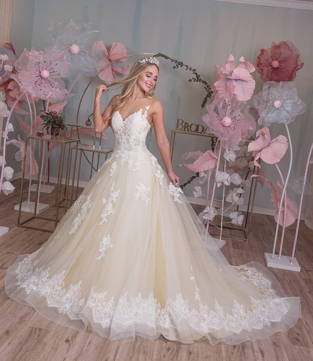 PRINCESS BRIDAL DRESS by BRODANI in 14  Fairytale wedding gown
