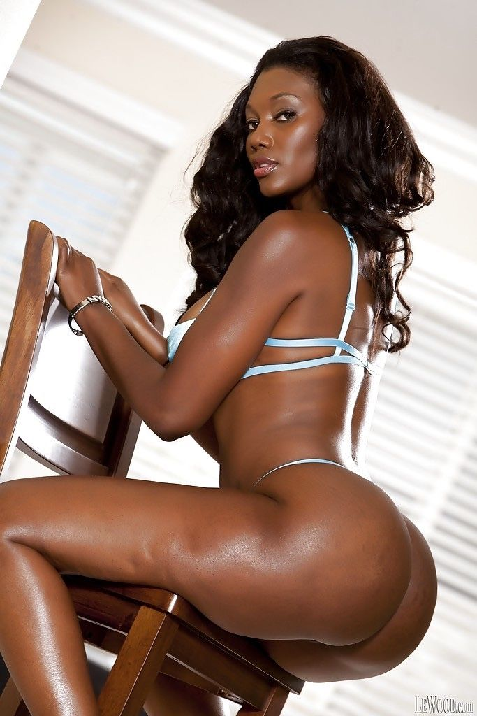 hot girls ebony Massive collection of ebony porn pictures.