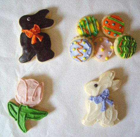 Easter Minis Sugar Cookies with Buttercream Frosting. $15.00, via Etsy.