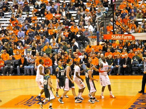 Tonight, the No. 6 Syracuse Orange welcome the Eastern Michigan Eagles to the Carrier Dome. This is probably one of the better matchups of the night in college or pro basketball, especially from a betting standpoint. Despite their similar records, these two teams could not be further apart.