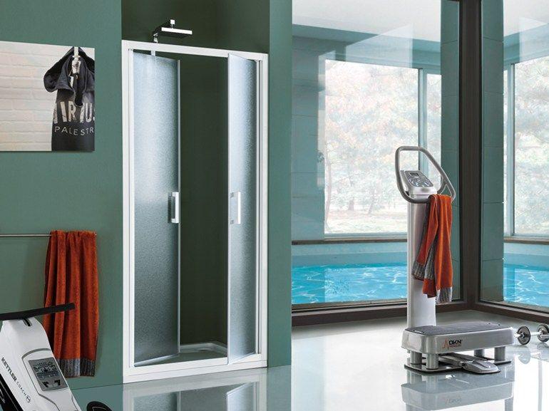 Box doccia a nicchia in vetro temperato con porte
