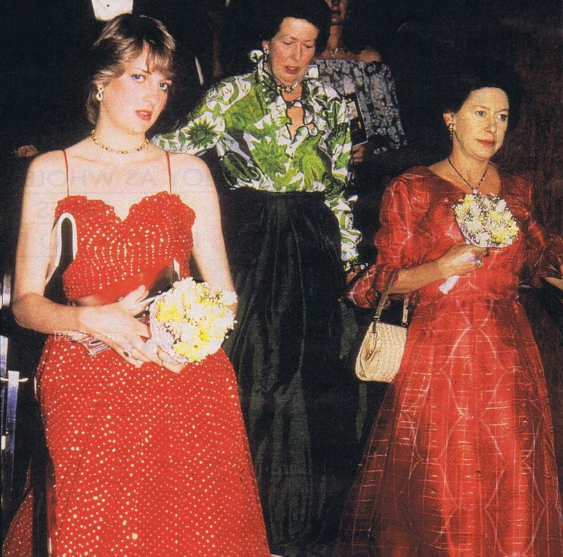 Lady Di with Princess Anne and Margaret at the premiere of