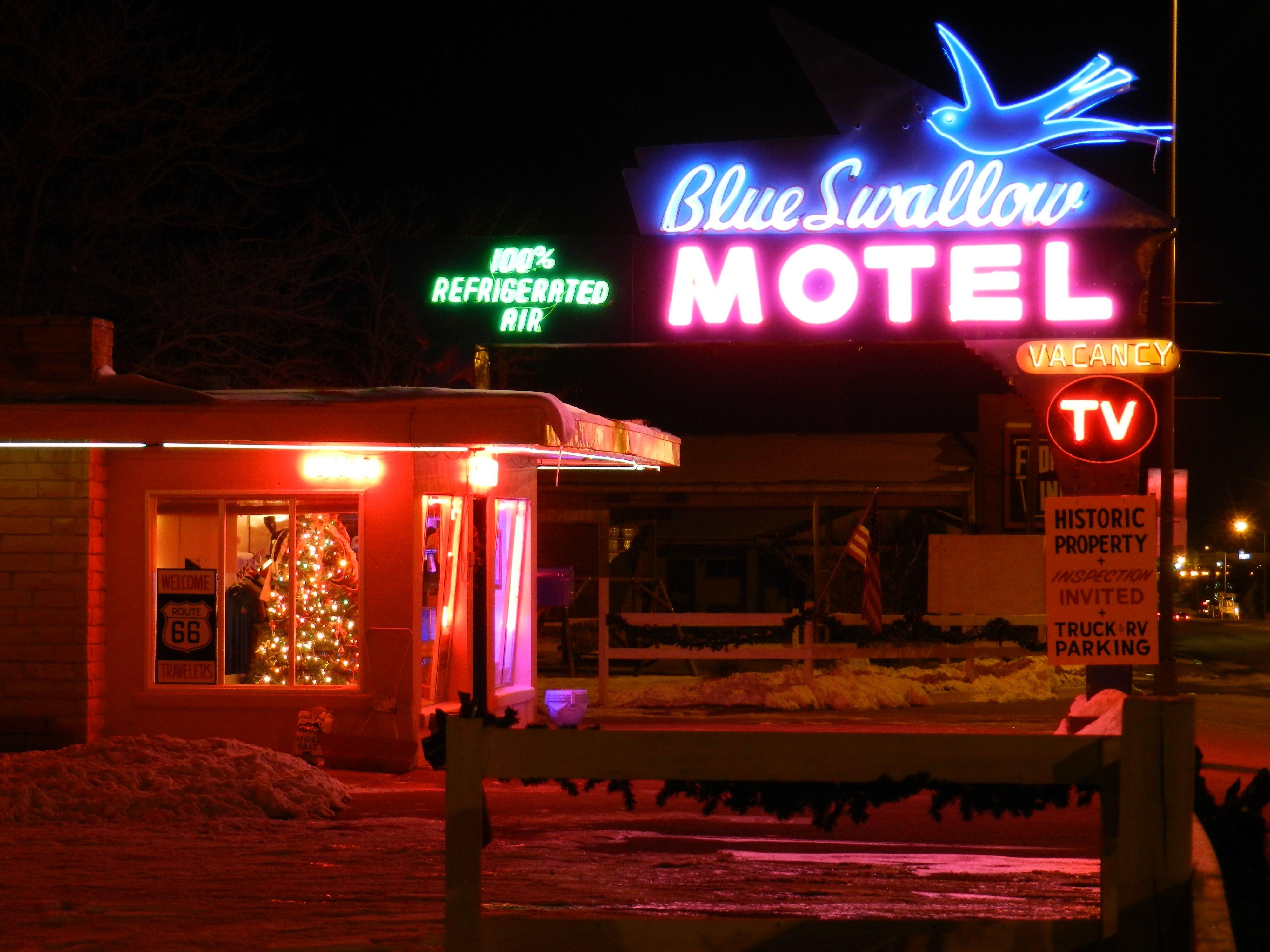 Blue Swallow Motel In Tucumcari Nm Blue Swallow Motel Blue Swallow Travel Route