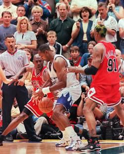 Michael Jordan Steals The Ball From Karl Malone In Game 6 Of The 1998 Nba Finals Bulls Basketball Karl Malone Nba Finals