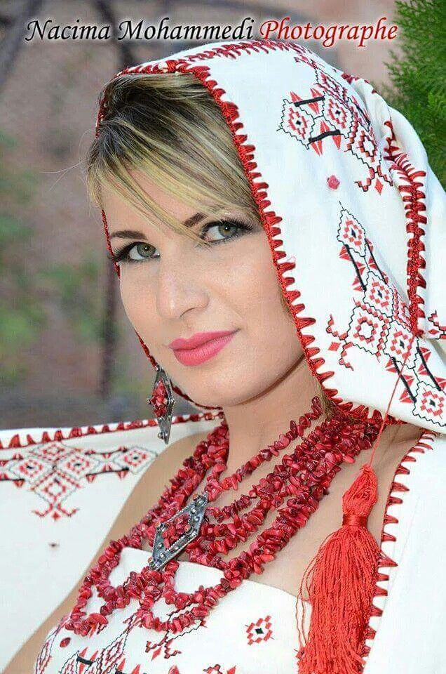 Kabyle The Berber Algerian Beauty Traditional Outfits Arab Beauty Traditional Dresses