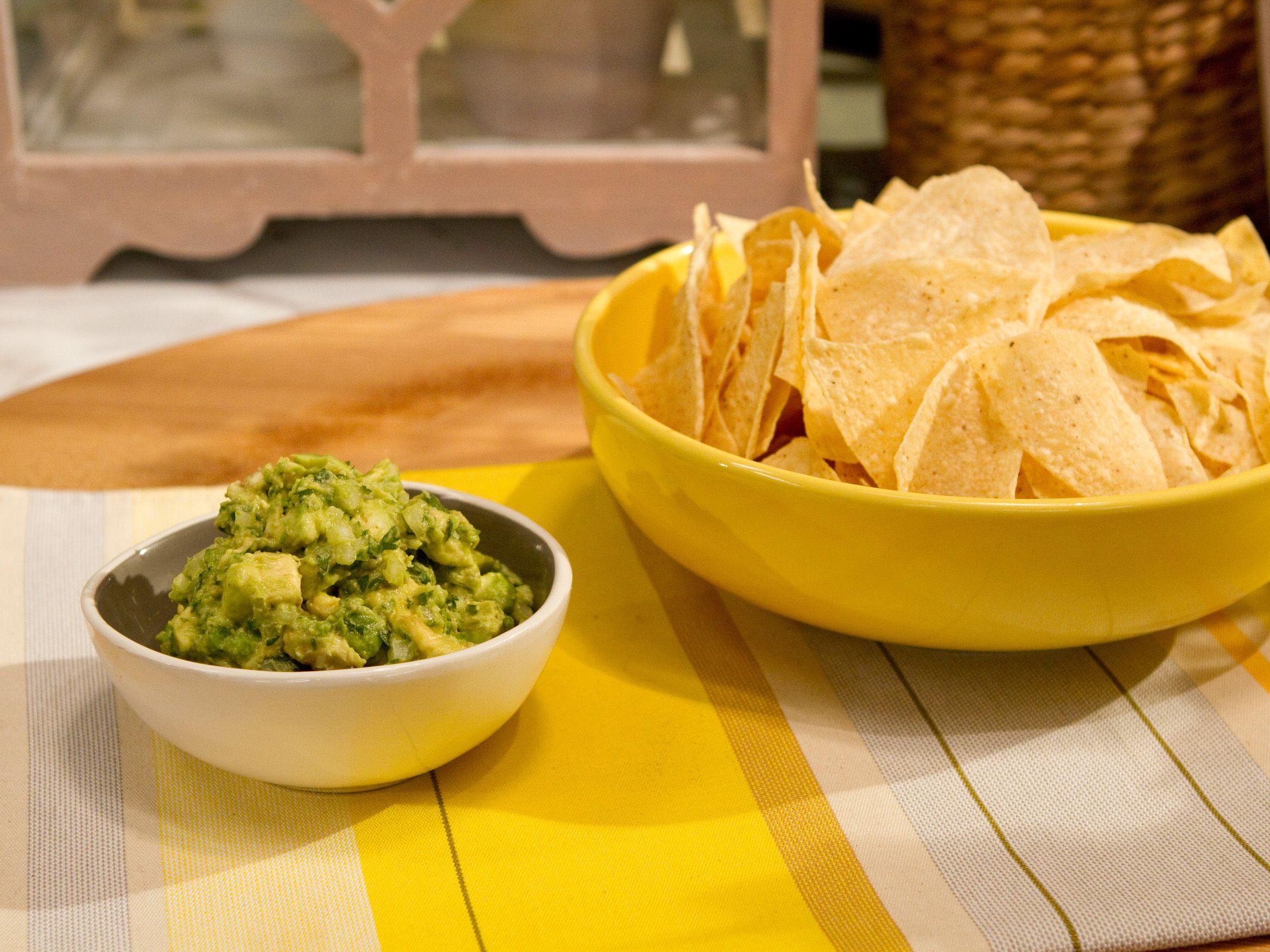 Guacamole recipe katie lee guacamole recipe and food guacamole forumfinder Image collections