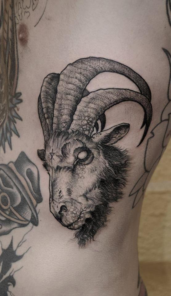 ibex tattoo goat dotwork pinterest tattoos capricorn tattoo and tattoo designs. Black Bedroom Furniture Sets. Home Design Ideas