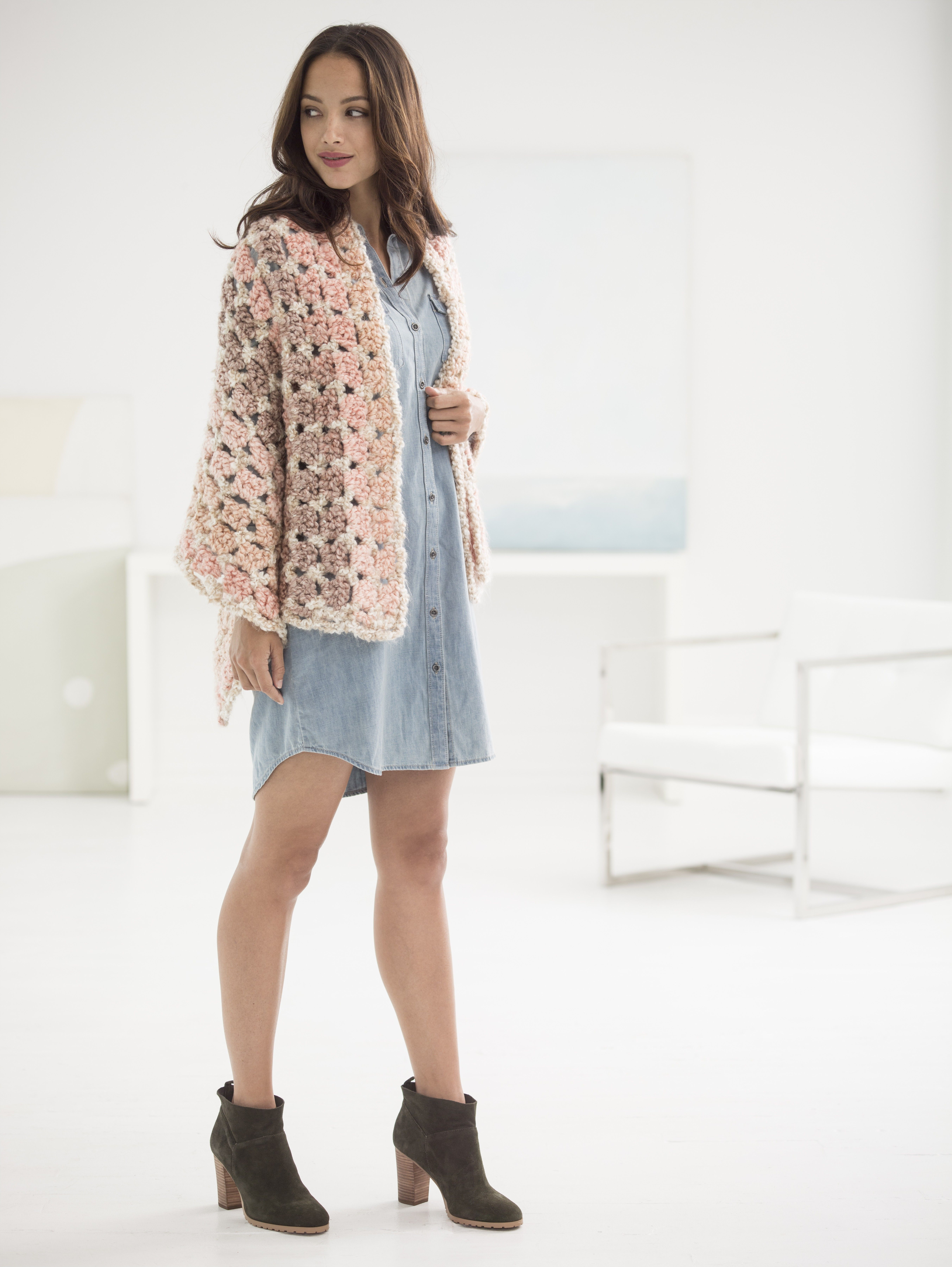 Soft Shades Shawl (Crochet) | Free patterns | Pinterest | Croché ...