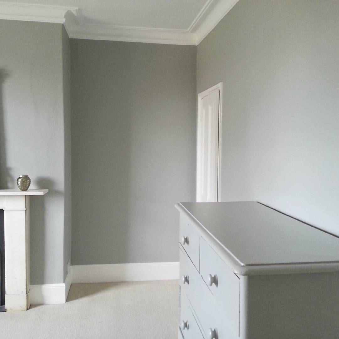 #farrowandball #lamproomgrey #bedroom #interiordesign # ...