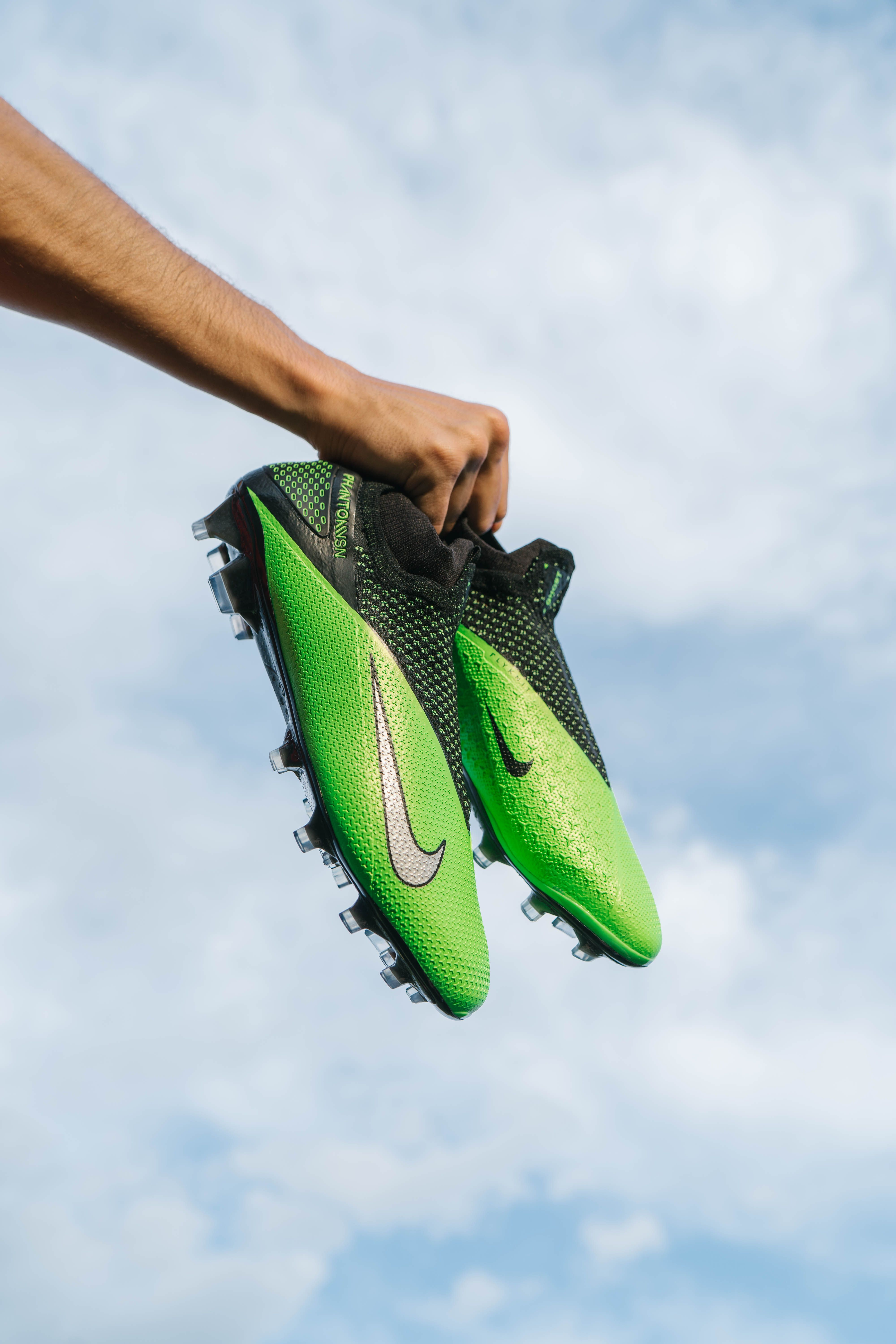 Nike Future Lab Ii Phantom Vision 2 In 2020 Cleats Soccer Cleats Soccer