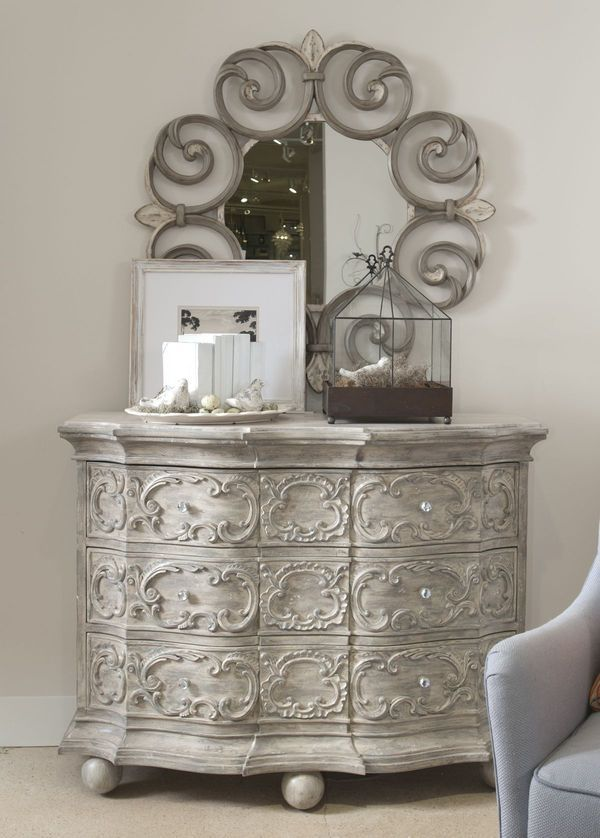 Drexel Heritage Silver Metallic Monochromatic Furniture