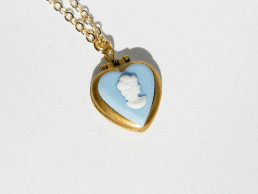 Vintage blue cameo heart locket necklace on ellefulton