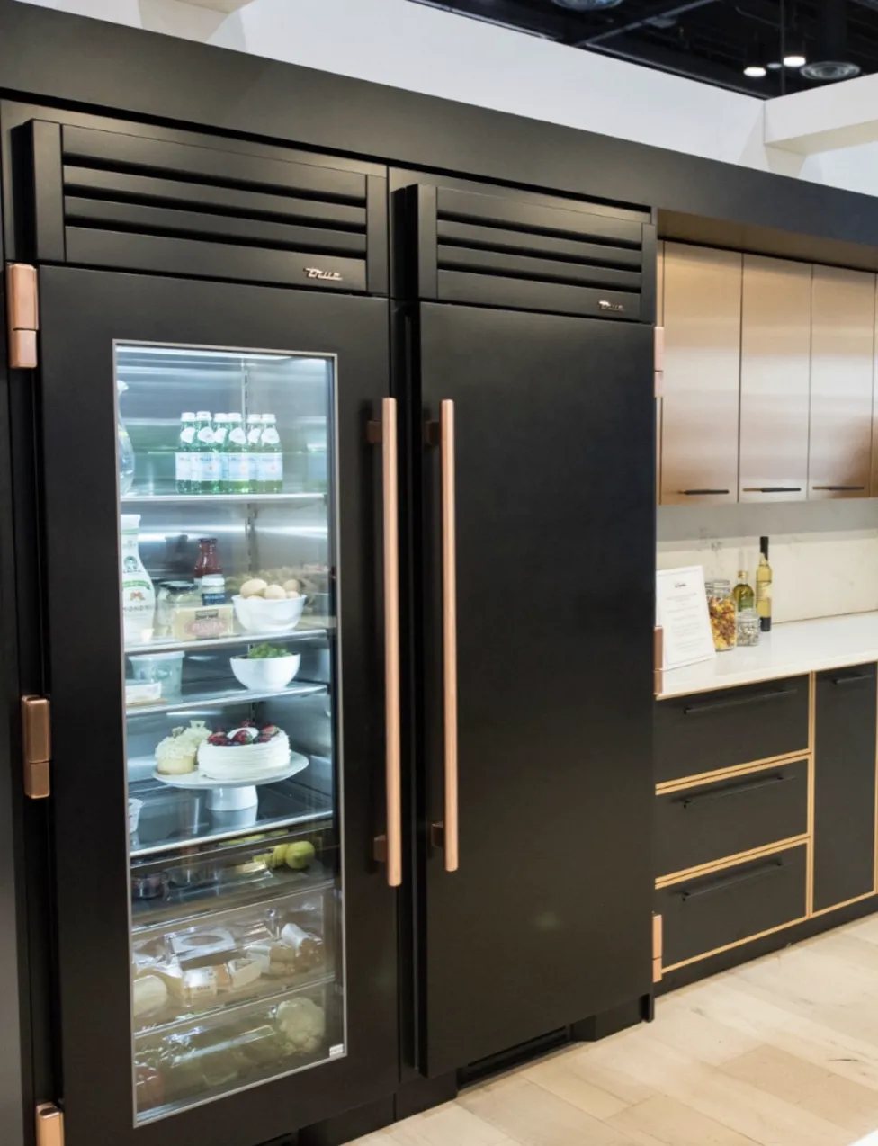 The Biggest Kitchen And Bath Trends For 2020 And 2021 Amanda Gates Feng Shui In 2020 Kitchen And Bath Kitchen Design Trends Kitchen Trends