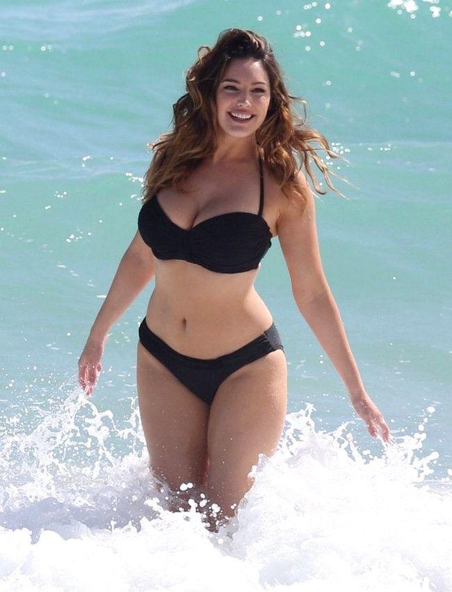 0cacb20c96 Black Bikini body | Hmmmmm ...God | Femei plinuțe, Frumusețe, Femeie