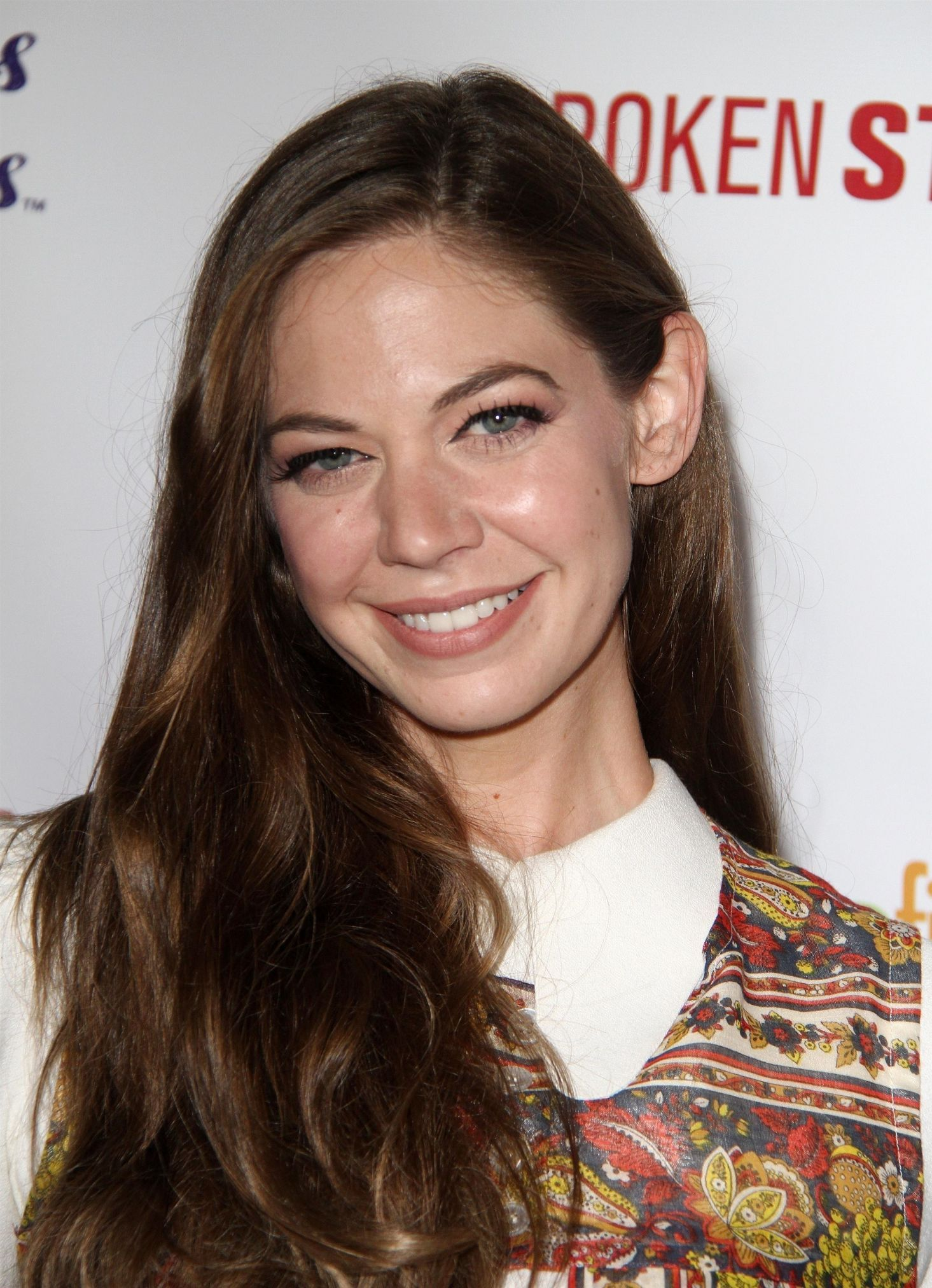 Topless Celebrity Analeigh Tipton naked photo 2017