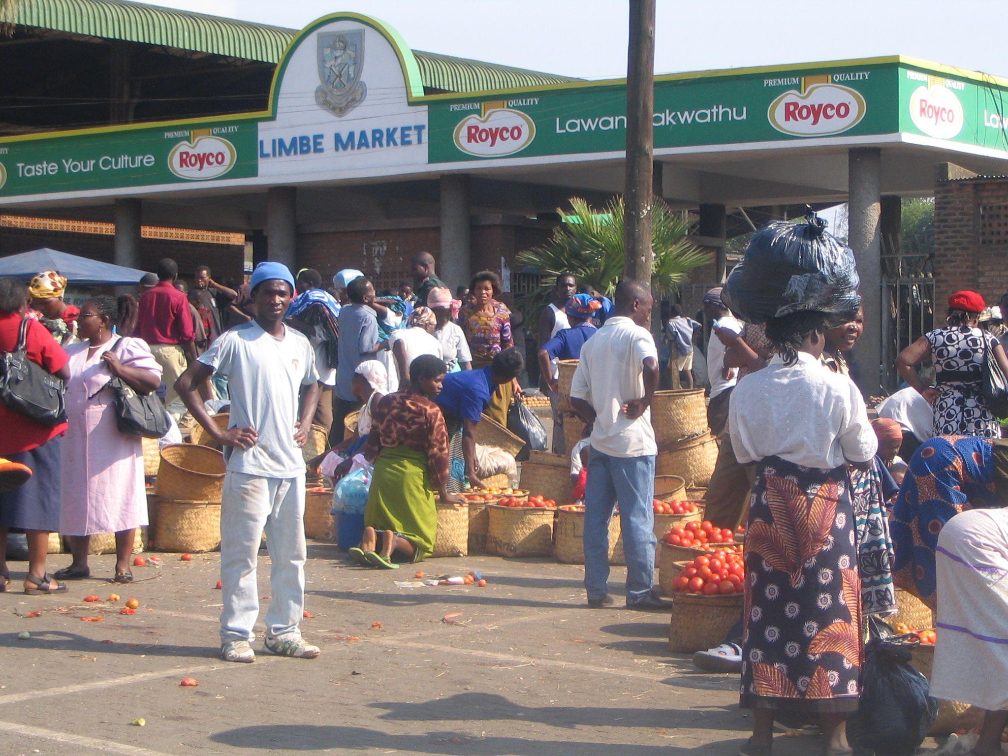 Foyer Entrance Zimbabwe : Entrance of limbe market malawi places travel
