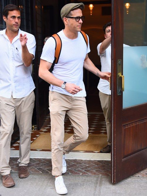 230c1484455 Ryan Reynolds Continues to Be Your Laid-Back Summer Style Icon ...