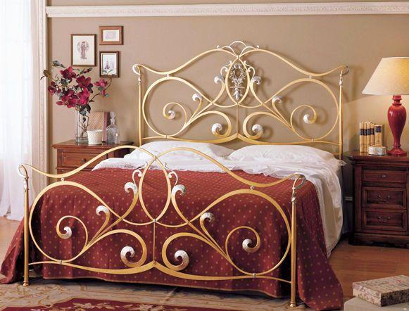 las camas de hierro son parte de un estilo antiguo muy elegante y altamente duradero