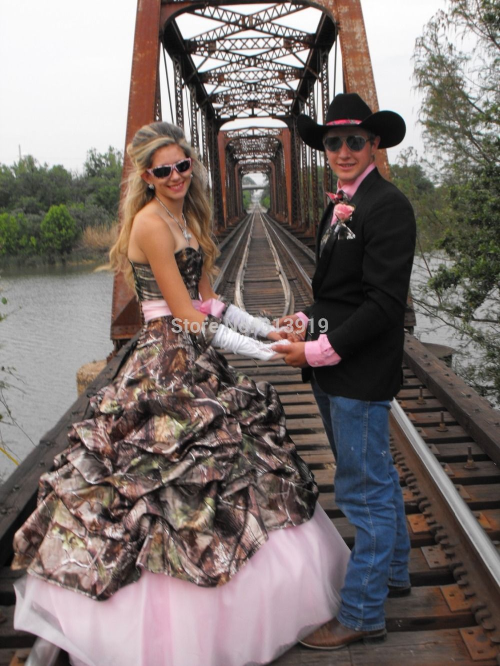 Click to buy ucuc strapless sweetheart camo prom dress camouflage