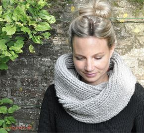 Photo of Knit a fashionable loop scarf