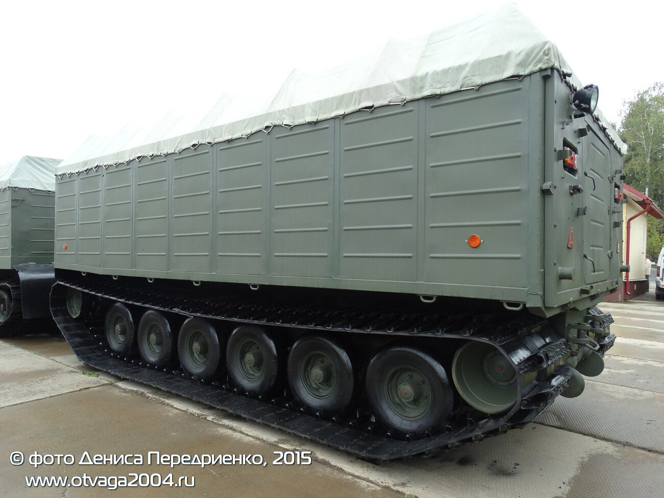 Военные машины транспортеры скачать чертеж в компасе ленточный конвейер