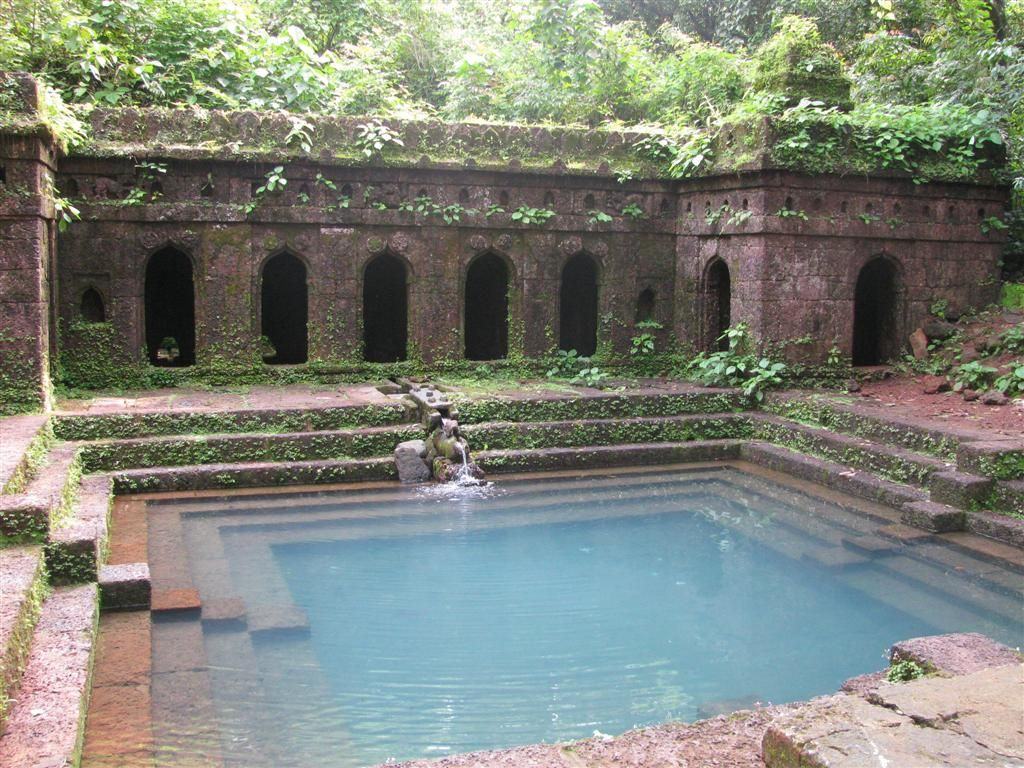 Jacuzzi Pool India Sapteshwar Temple At Rangpur In Gujarat India Travel Swimming