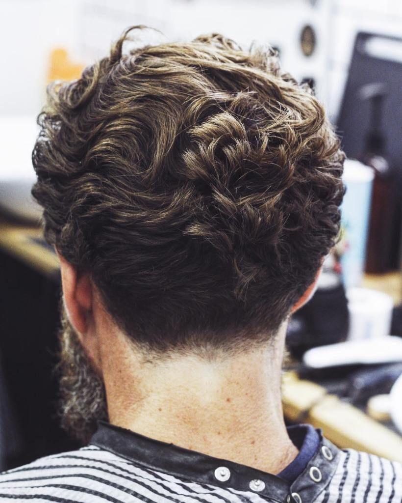 Haircuts men curly  curly frisuren für männer u sexy curls es  lockige haare