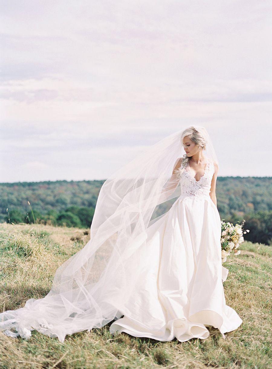 Shay Mooney And Hannah Billingsley S Country Perfect Wedding