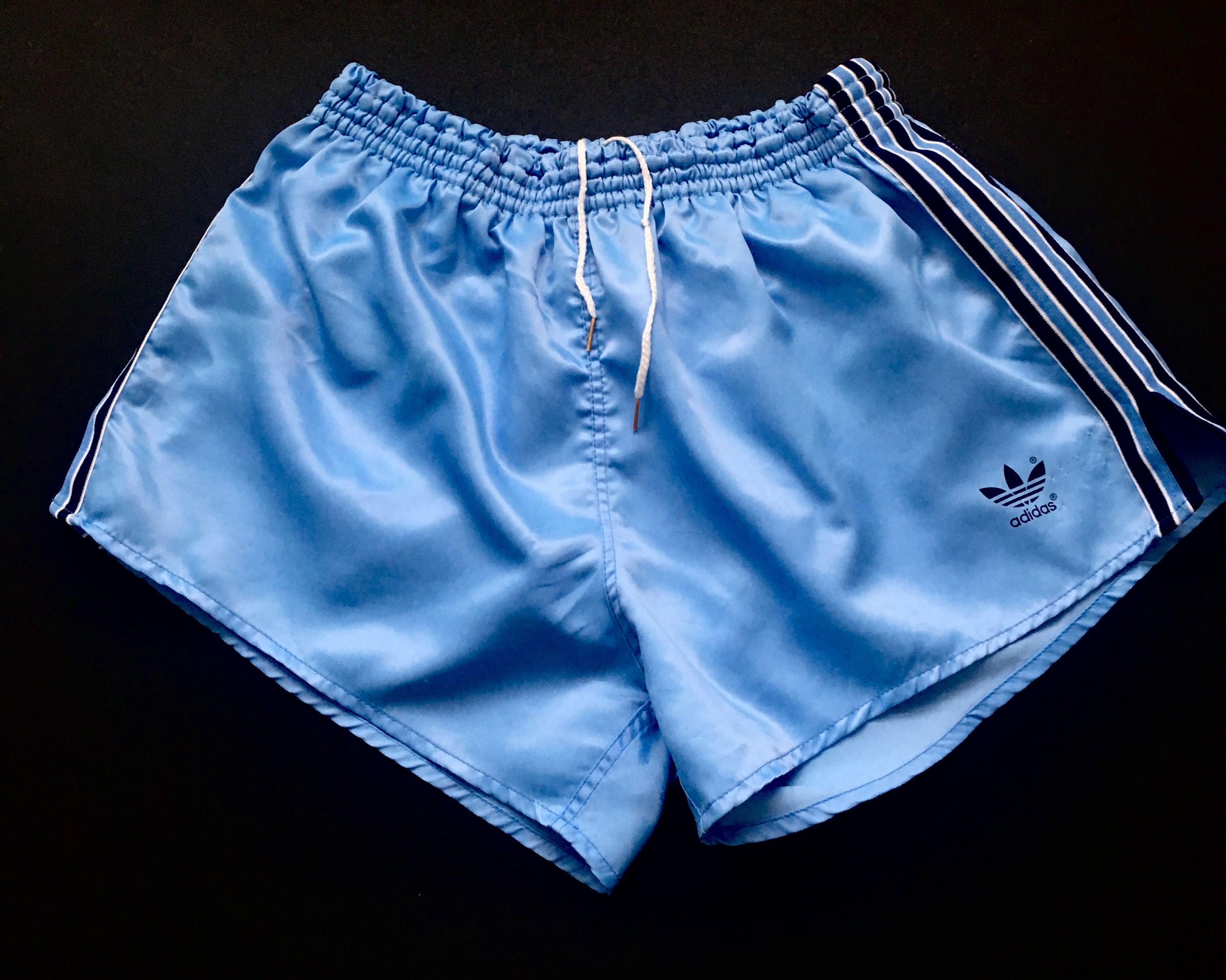 Nylon Satin Football Shorts S to 4XL White /& Green