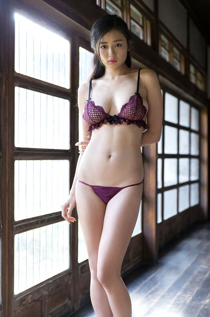 Amateur japanese models photos