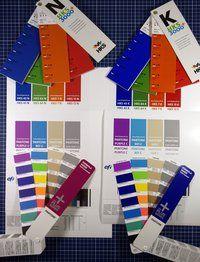 Farbproofs.de: Vergleich von Pantone bzw. HKS und dem Proof Ergebnis mit Efi Colorproof XF 4.5. Ist doch super: Proof und Fächer sind nahezu farbidentich. Das das bei schwierigen Farben!