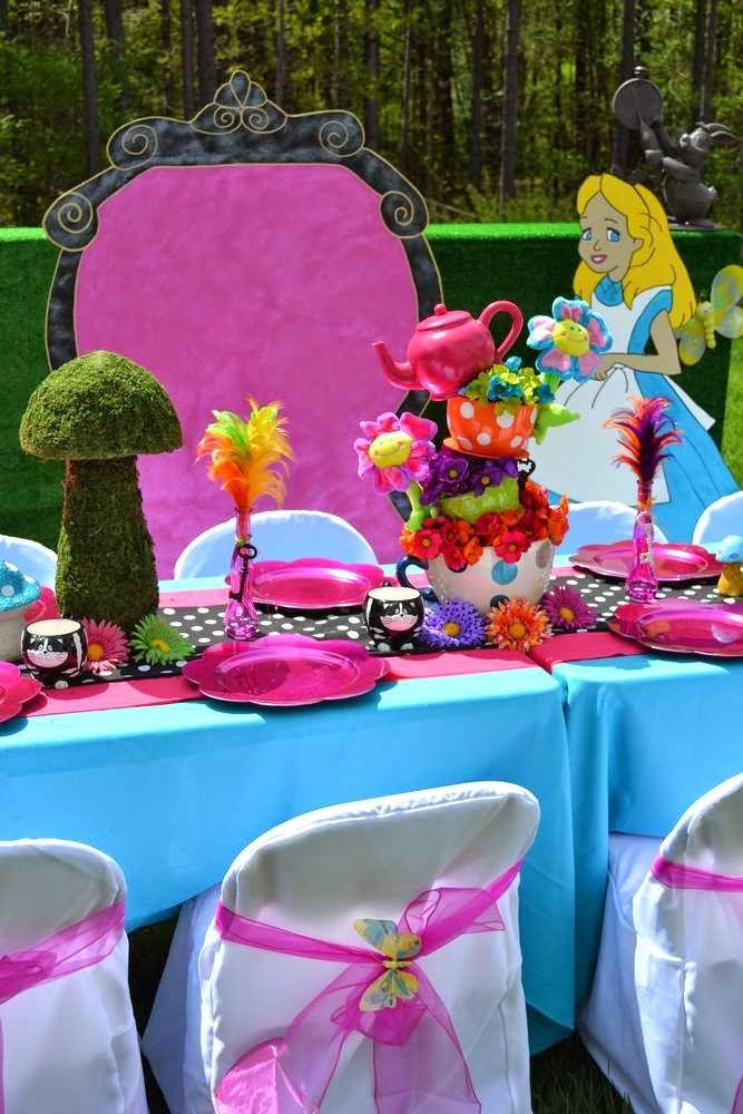 Party Decoration Alice in Wonderland
