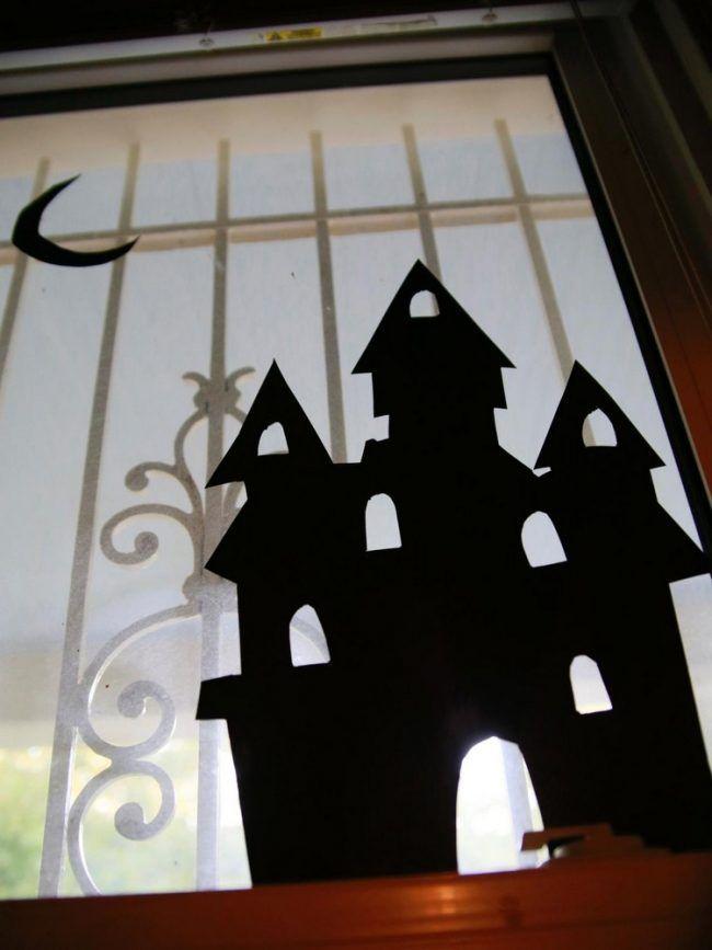 Fensterdeko halloween fensterbilder selber machen schloss spuckhaus deko pinterest - Halloween fensterbilder ...