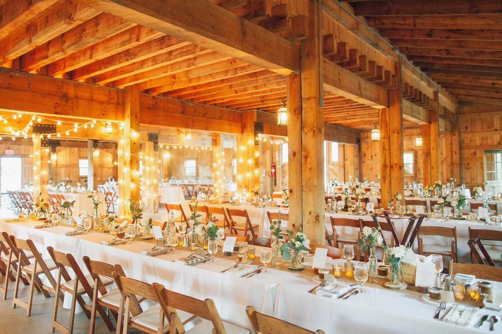 Mazzonehospitality Livingston Weddings At Oak Hill Hudson Ny Barn Wedding