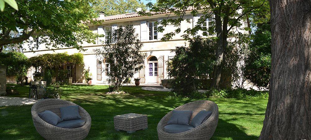 Mas de Capelou Chambre du0027hôtes à Avignon Piscine Barthelasse - chambre d hotes aix en provence piscine