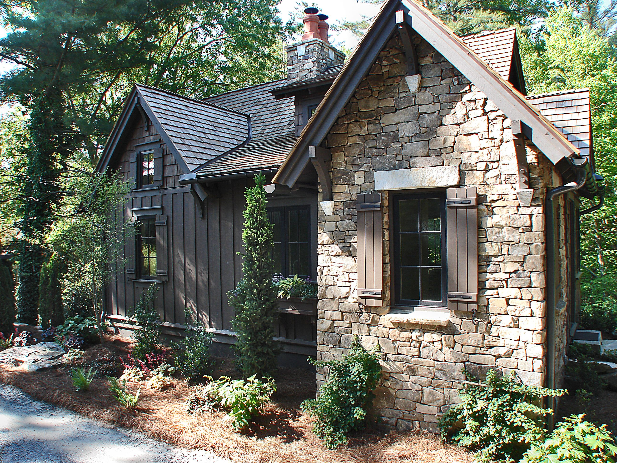 north rental area local creek nc mountains img have asheville cabin burnsville we plan your carolina the expertise to help you trip on front cabins