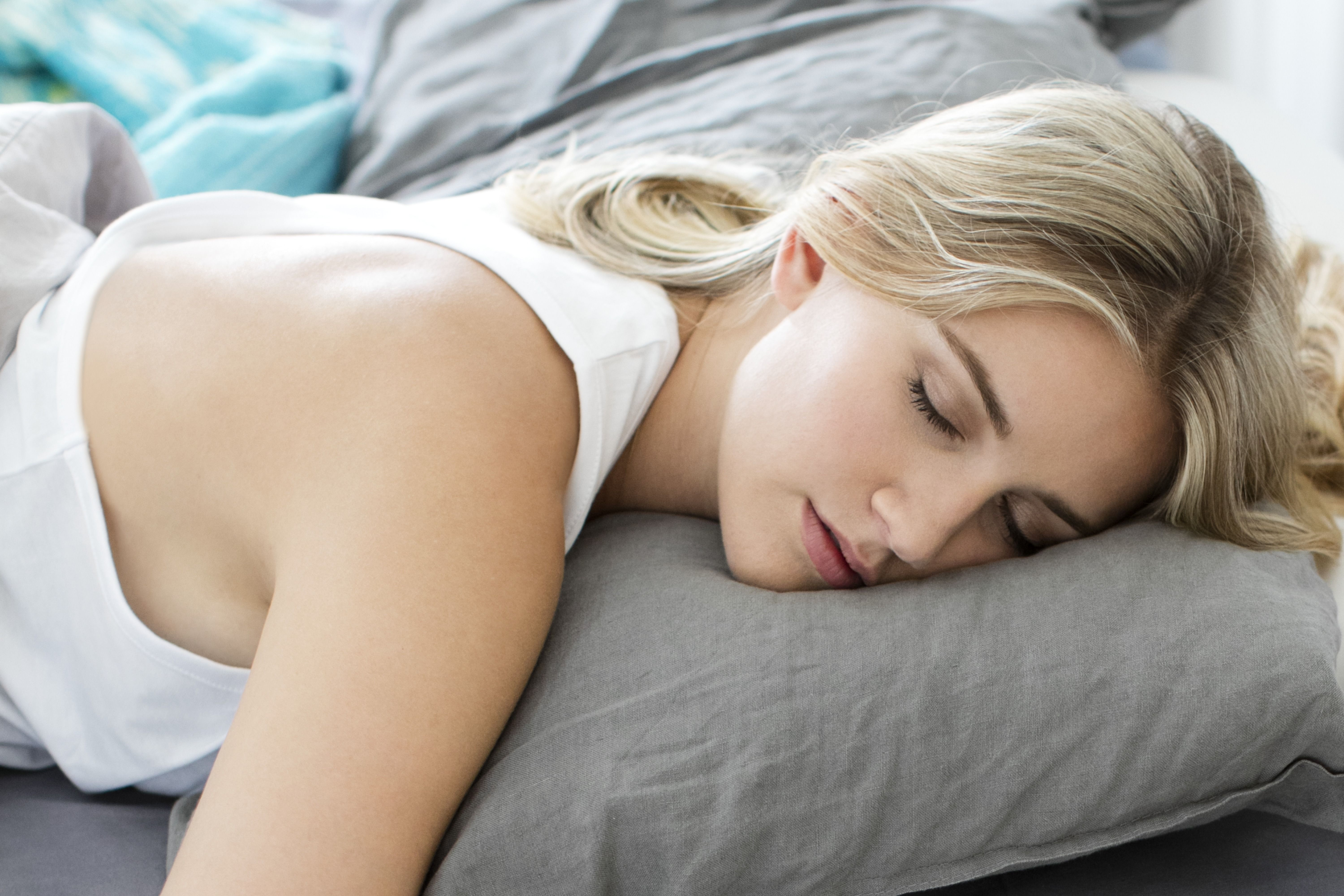 11 Healthy Habits That Can Actually Help You Sleep Better