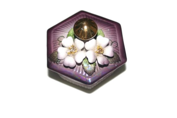 Japanese Trinket Box with Gold handle and by VintageCastaways