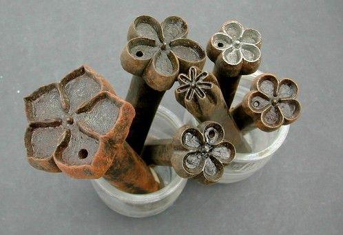 outils anciens art populaire emporte pi ce fleurs artificielles wonderful workshop. Black Bedroom Furniture Sets. Home Design Ideas