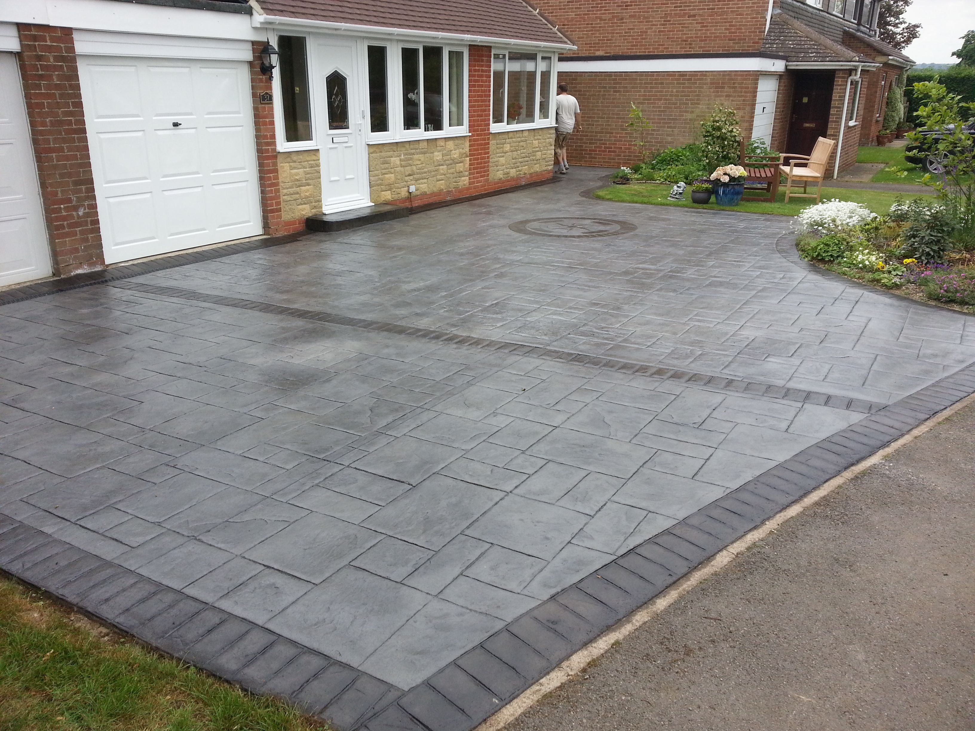 Patterns and colours limitless combinations new design for New driveway ideas