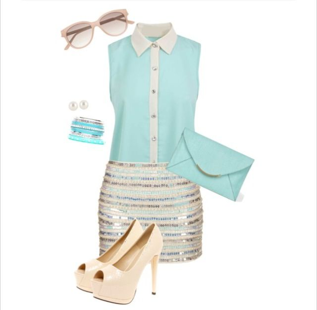 Mint blouse And skirt, love it! So chick And girly! Perfect!