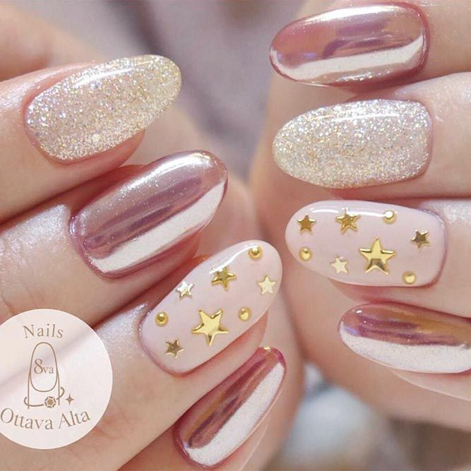 35+ Star Nails Designs To Fall In Love With | NailDesignsJournal.com