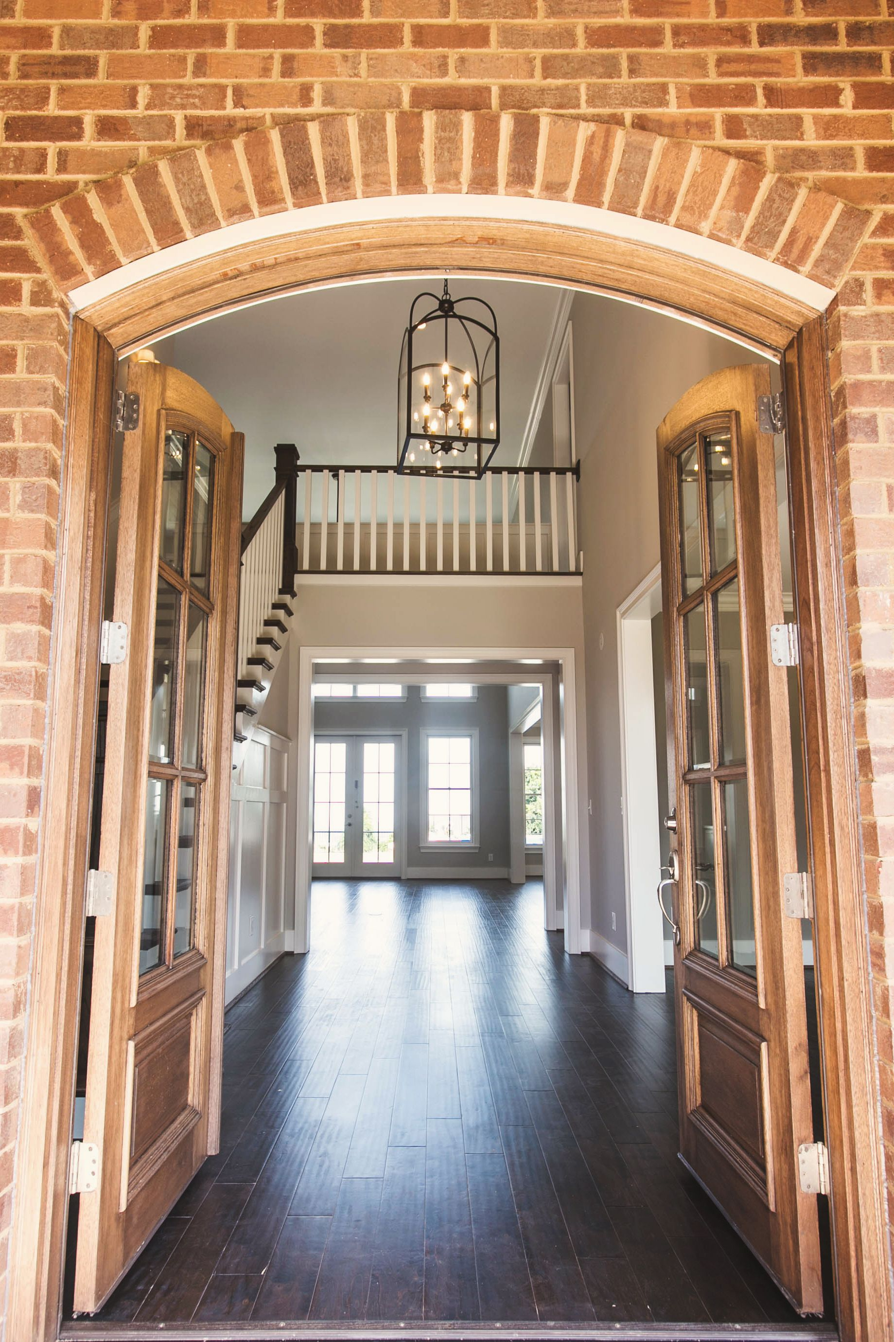 Beautiful front entryway of a custom home in birmingham al from j wright building company customhomebuilder southernlivingcustombuilder southernliving