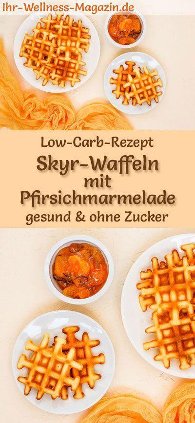 Low Carb Skyr-Waffeln mit Pfirsichmarmelade - süßes Waffel-Rezept